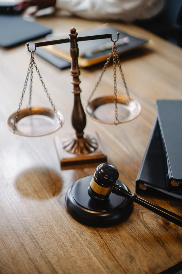 choisir un avocat à valencienne